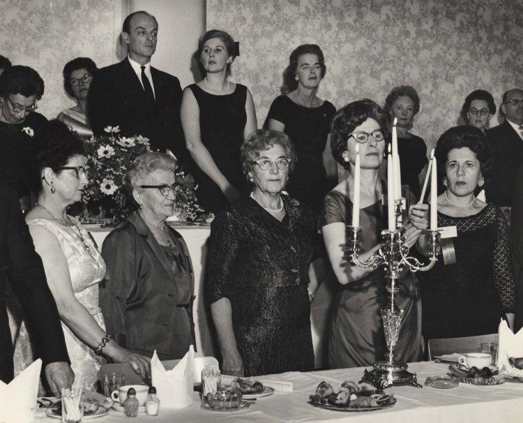 Pioneer Women 40th Anniversary Western Canadian Seminar, (L.12601).