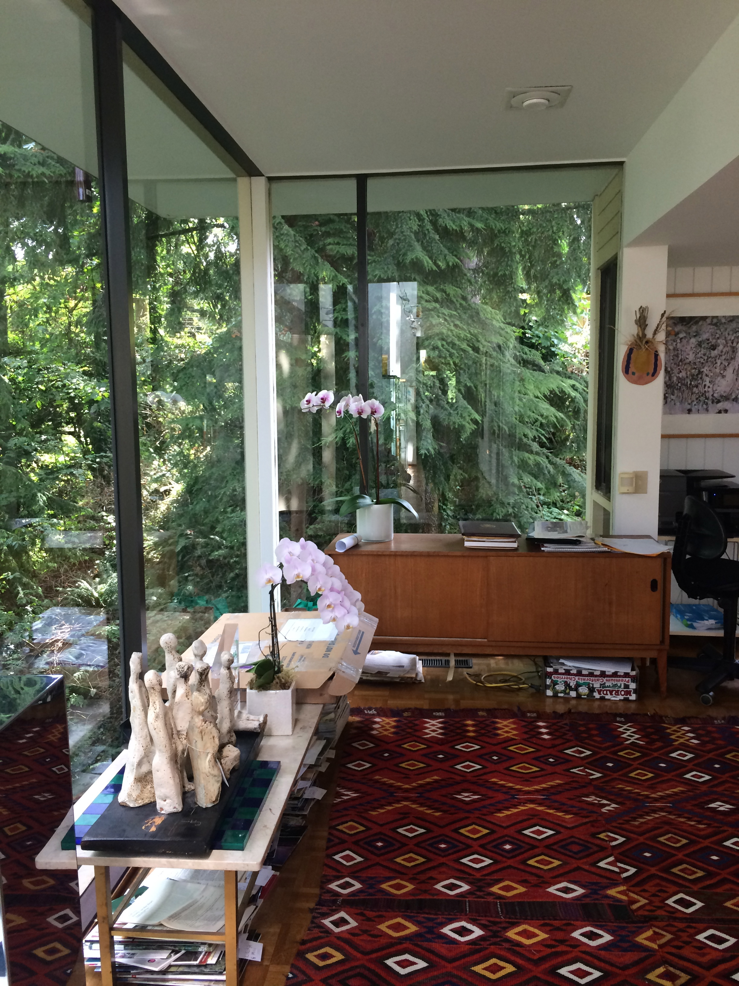 Interior of the Ravine House, 2015. Photo by Chanel Blouin.