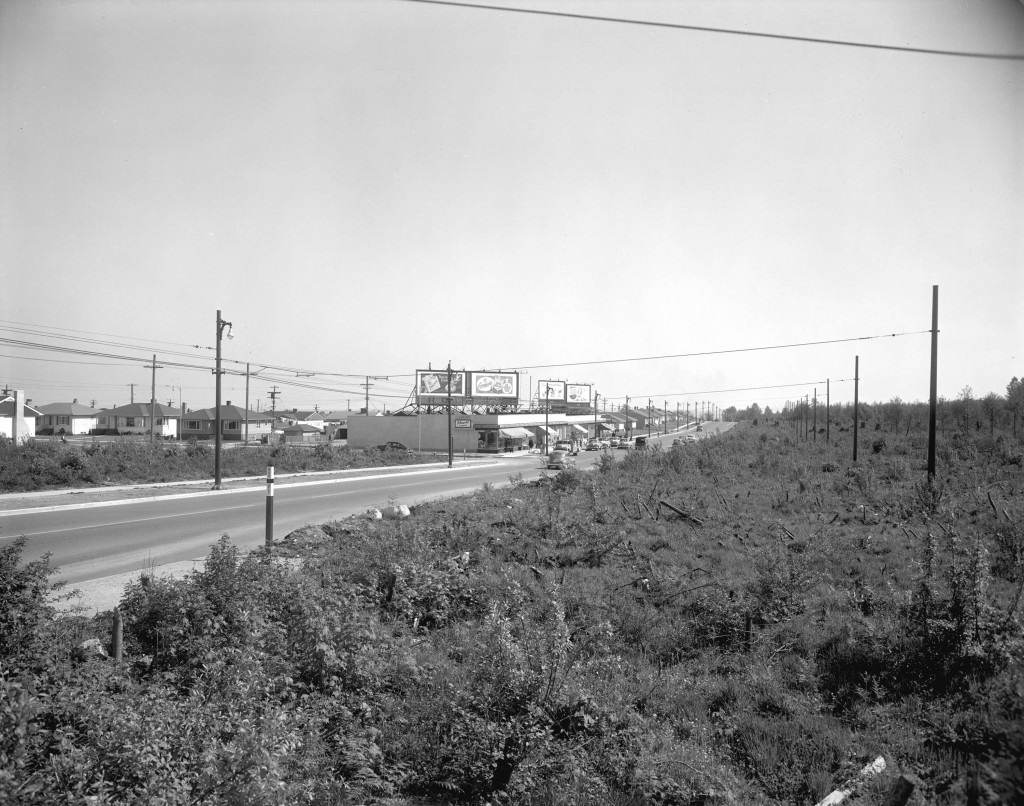 Cambie Street, looking south from 41st Avenue, 1952. Courtesy City of Vancouver Archives.